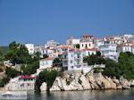 Met de boot naar Skiathos-stad foto 8