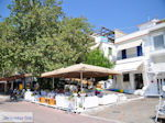 Terrasjes Skiathos-stad foto 5 - Foto van De Griekse Gids